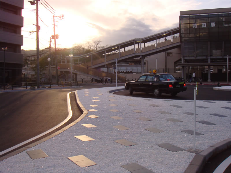 JR苅田駅