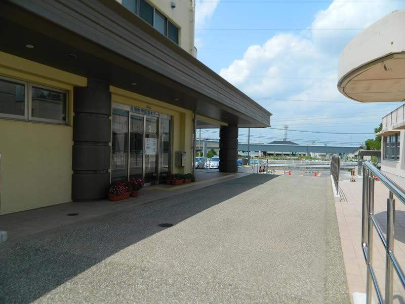 苅田町 温水プール